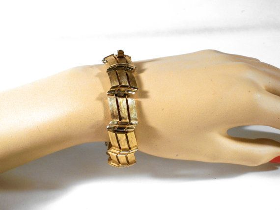 Vintage Crown Trifari Bracelet