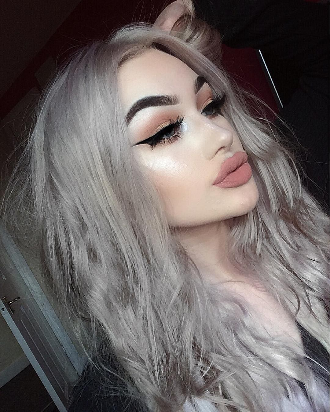 Sparkle shine glitter hair and makeup feathers shimmer - 39 2k Likes 453 Comments Megan Feather Megfeather On Instagram