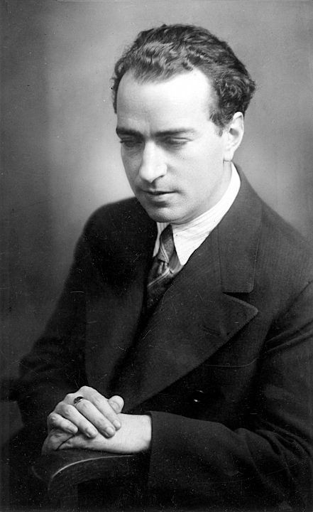 Joaquín Rodrigo: Nov. 22, 1901 - 1999…    Spanish composer who was blind from the age of three - known almost exclusively for his compositions for guitar, particularly Concierto de Aranjuez…