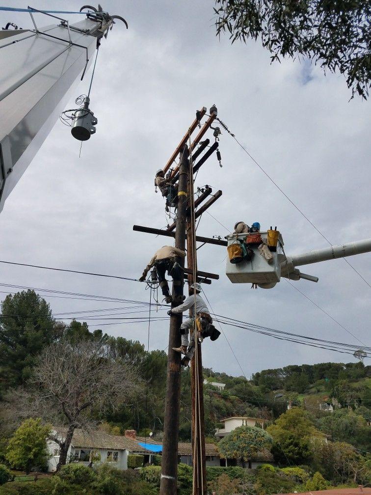 Pin by Brad on power Lineman Power lineman, Lineman