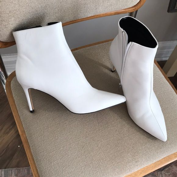 35277a93a10 Steve Madden white ankle boots (Celine inspired) New white leather ankle  boots Steve Madden