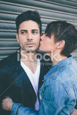 Model Couple Girl Kisses Guy On Cheek In 2020 Girl Kissing Guy
