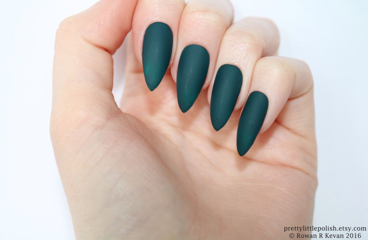 Stiletto nails, Matte dark green stiletto nails, Fake nails, Press ...