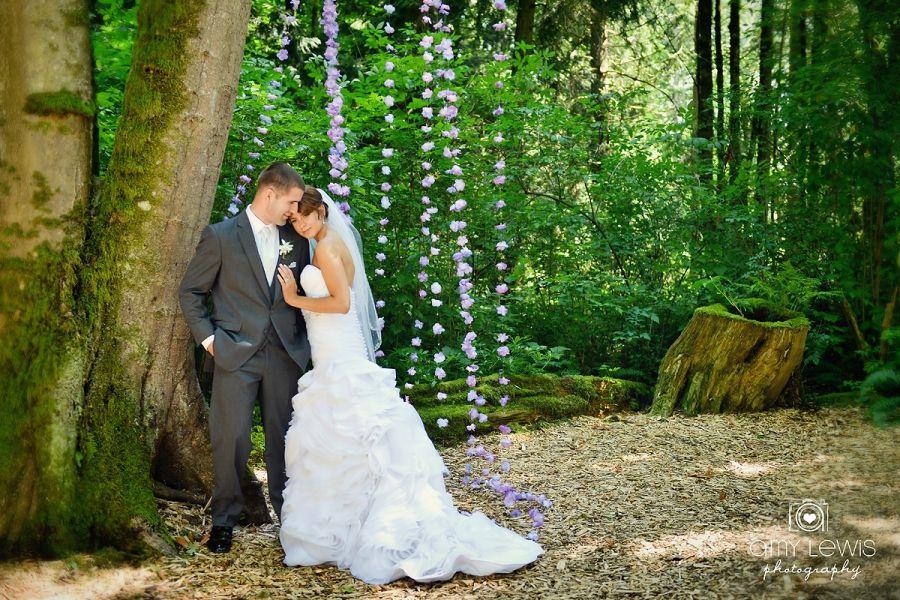 Twin Willow Garden Wedding amylewisphotography.com Blog » Wedding ...
