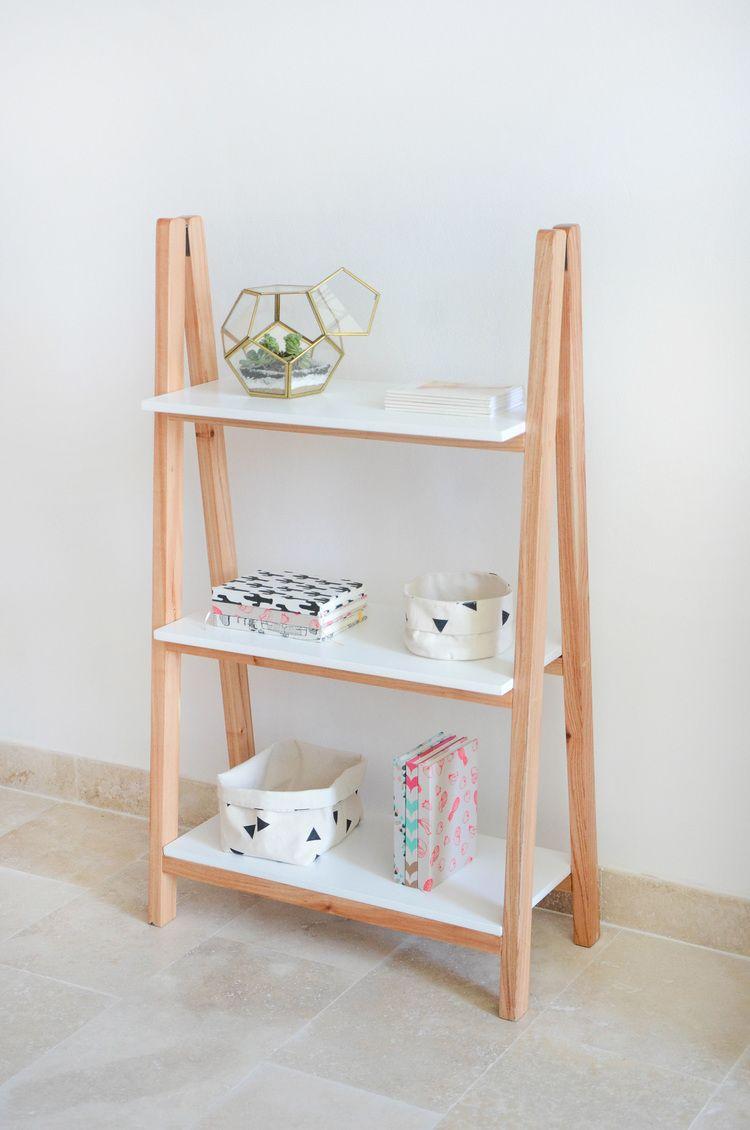 Pin de sam koko en recibidor pinterest decoraci n de unas decoraci n de apartamentos y - Decoracion de estanterias ...