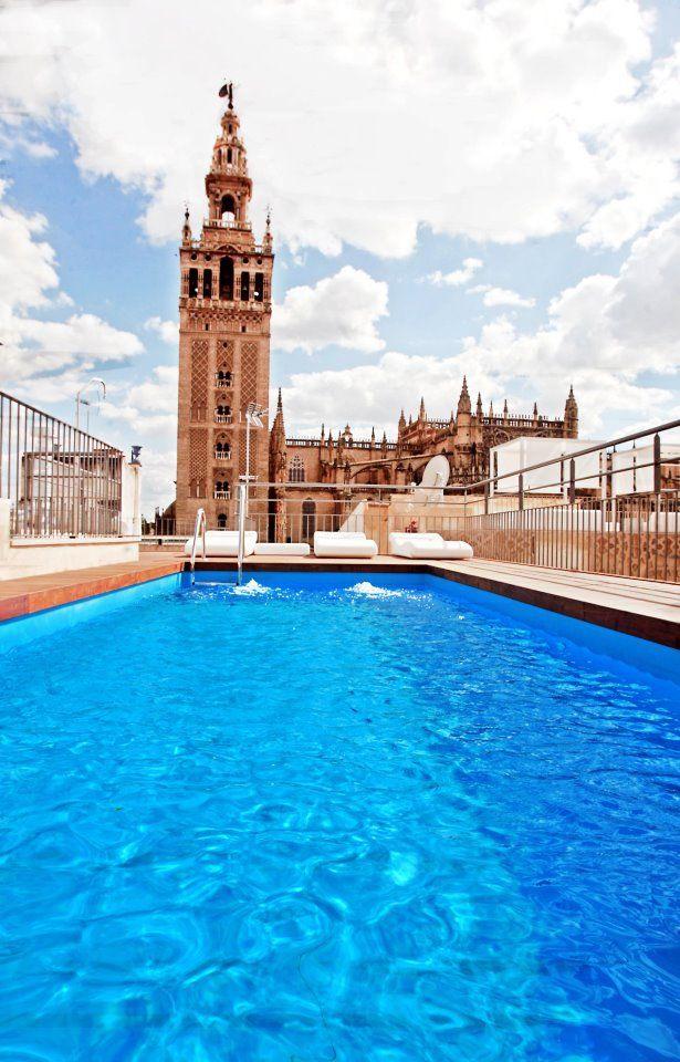 La terraza de eme catedral hotel sevilla donde la giralda querr a sumergirse espanha - Terraza hotel eme ...