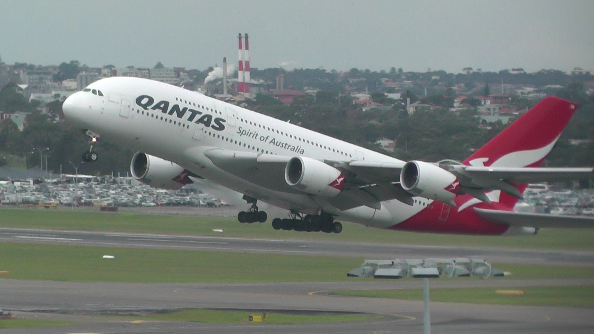 Qantas A380 Take Off From Sydney Airport | Airplane Porn
