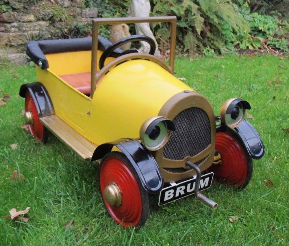 Brum Pedal Car Vintage Retro Brum Pedal Car Metal Ride In Car