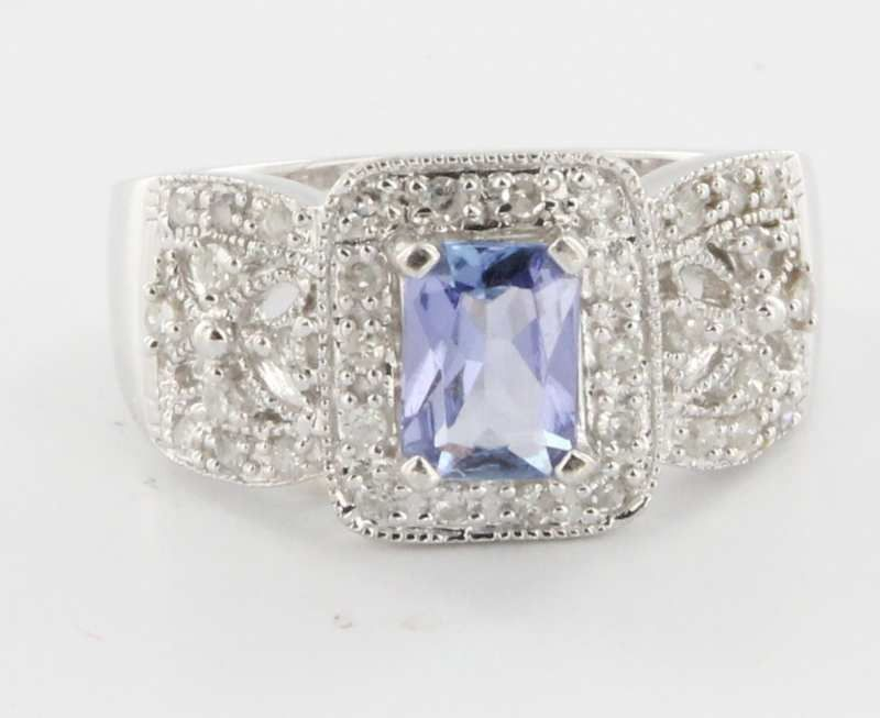 Estate 14 Karat White Gold Tanzanite Diamond Cocktail Ring Fine Jewelry Sz 7 from Sophie Jane at rubylane.com