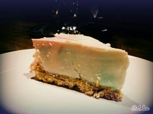 #regenbogenkuchen #wackelpudding #joghurt #corflakesschokiboden #selfmade #foodporn   Danke für eure lieben Nachrichten, sobald der verdiente Urlaub vorbei ist werde ich auch wieder viel kochen und backen. Freue mich auf den Austausch mit euch