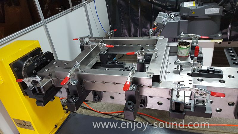 Robot Weld Positioners Offer Accuracy Robotic Positioners Are A Fundamental Component Of Robotic Auto Welding Table Welding Table For Sale Welding Positioner