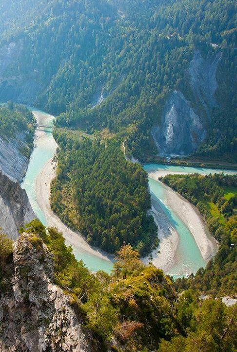 Winding Rhine Switzerland Ruinaulta Swiss Grand Canyon Of The - Swiss river to the rhine