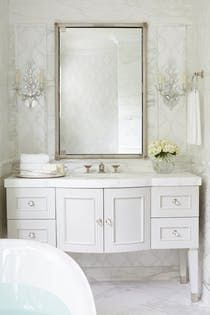 Bathroom Makeup Area Powder Area For The Ladies With A Matching Pink Stool Perfect Elegant Bathroom Design Beautiful Bathrooms Elegant Bathroom