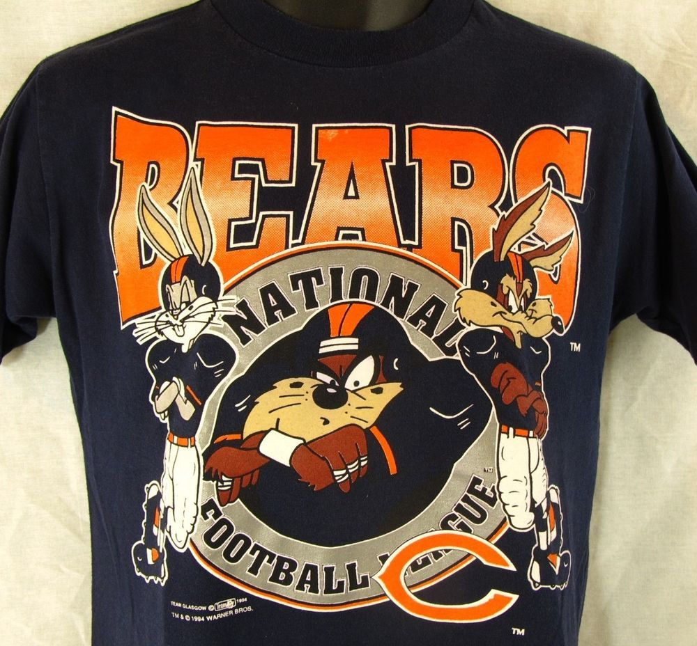 ... Sweater Dress Chicago Bears Vintage Looney Tunes T-Shirt Youth 14-16  Bugs Bunny Taz 1994 ... f7d041733