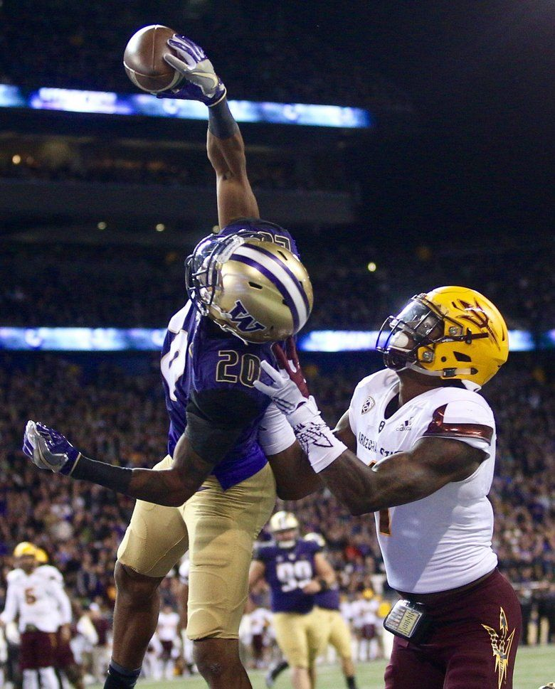 Washington S Kevin King Makes A One Handed Interception In Thr Endzone Against Arizona State S Washington Huskies Football Huskies Football Washington Huskies