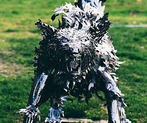 Metal Wolf Statue