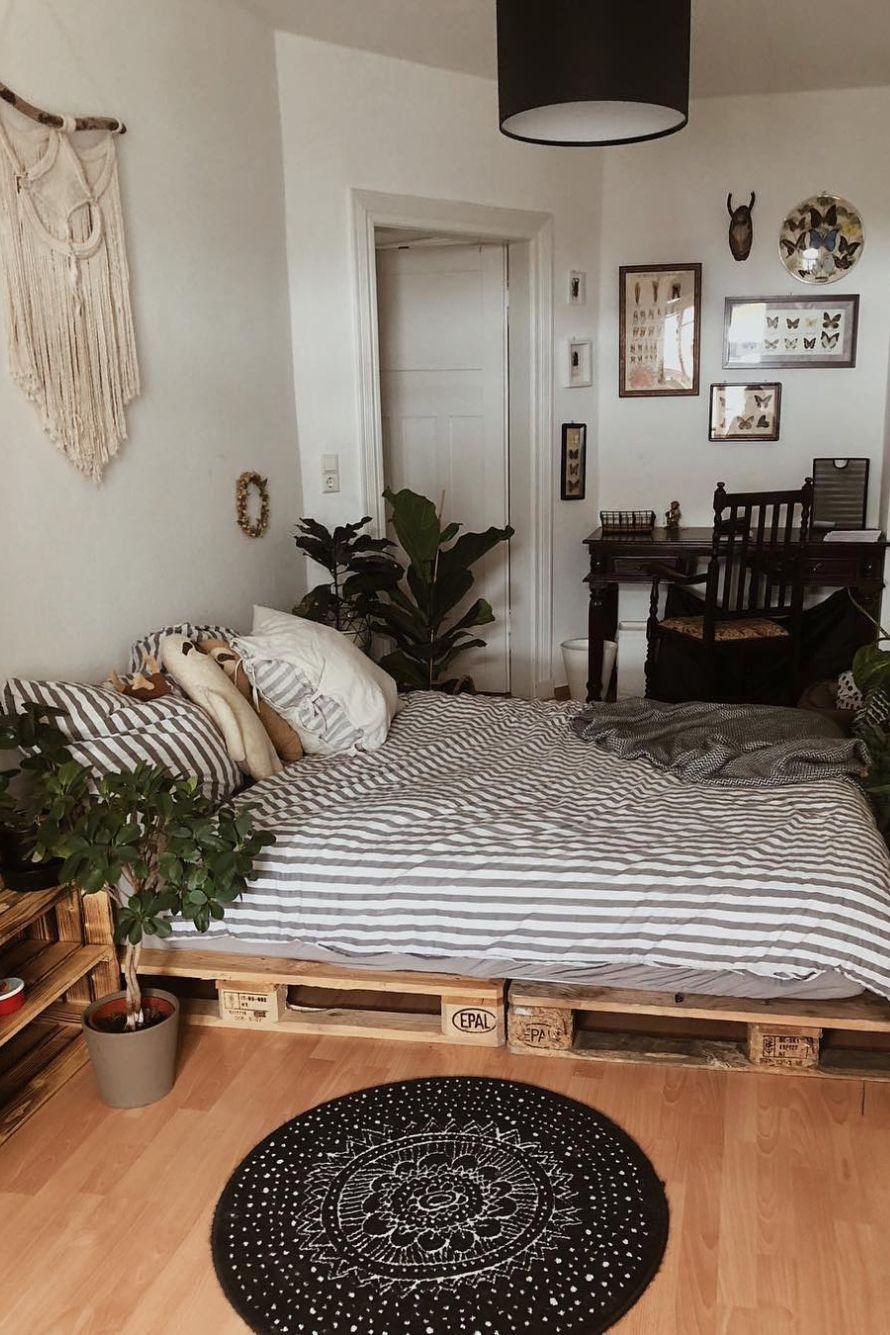 19 Bedroom Designs for a NATURE LOVER  Idée décoration chambre