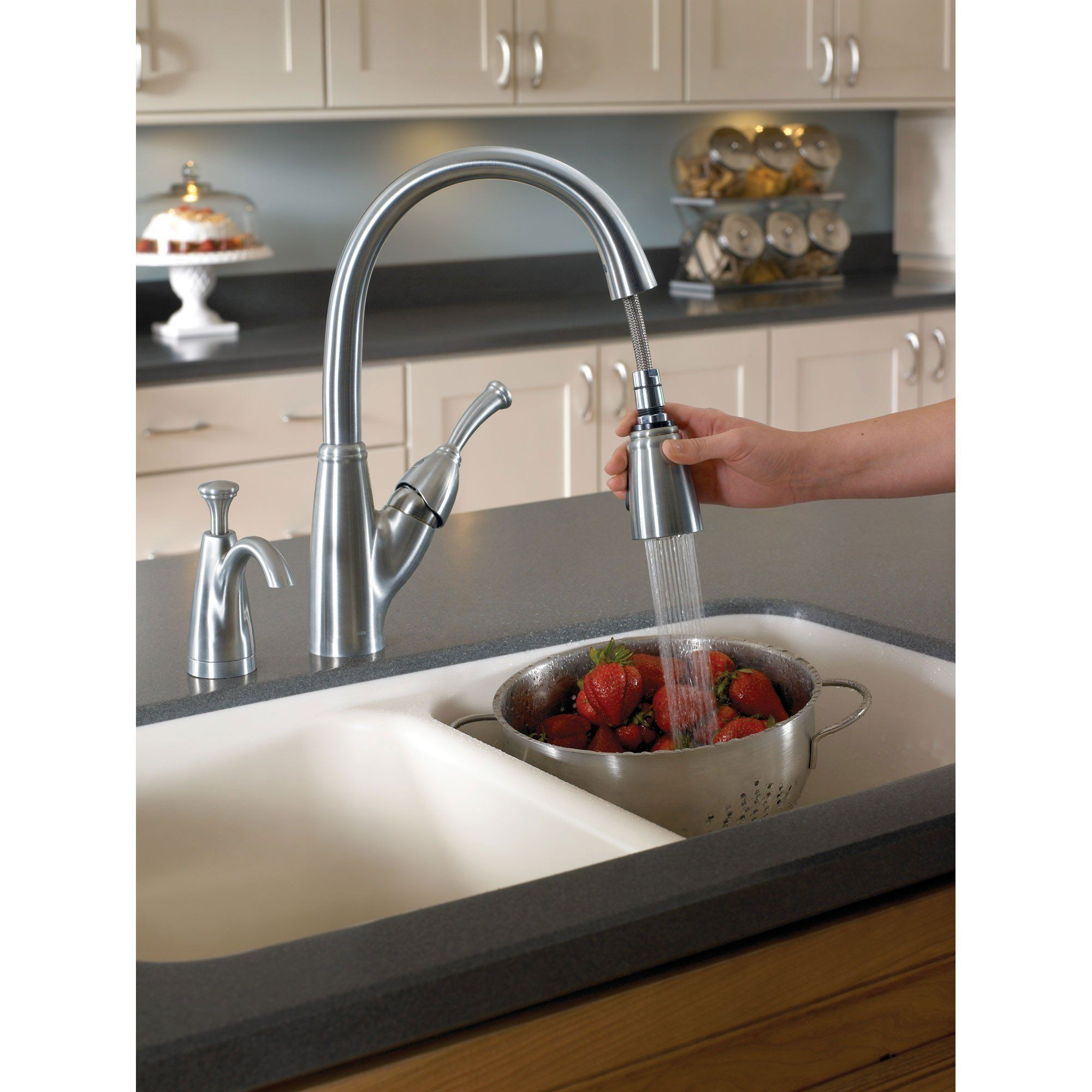 Delta Arctic Stainless Finish Allora Collection Single Handle Pull