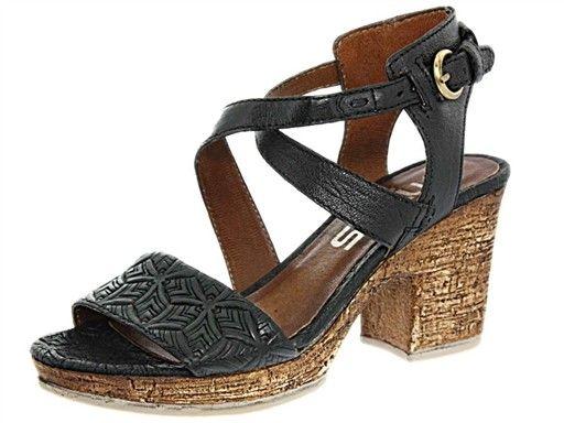 Épinglé sur sandales femme tendance
