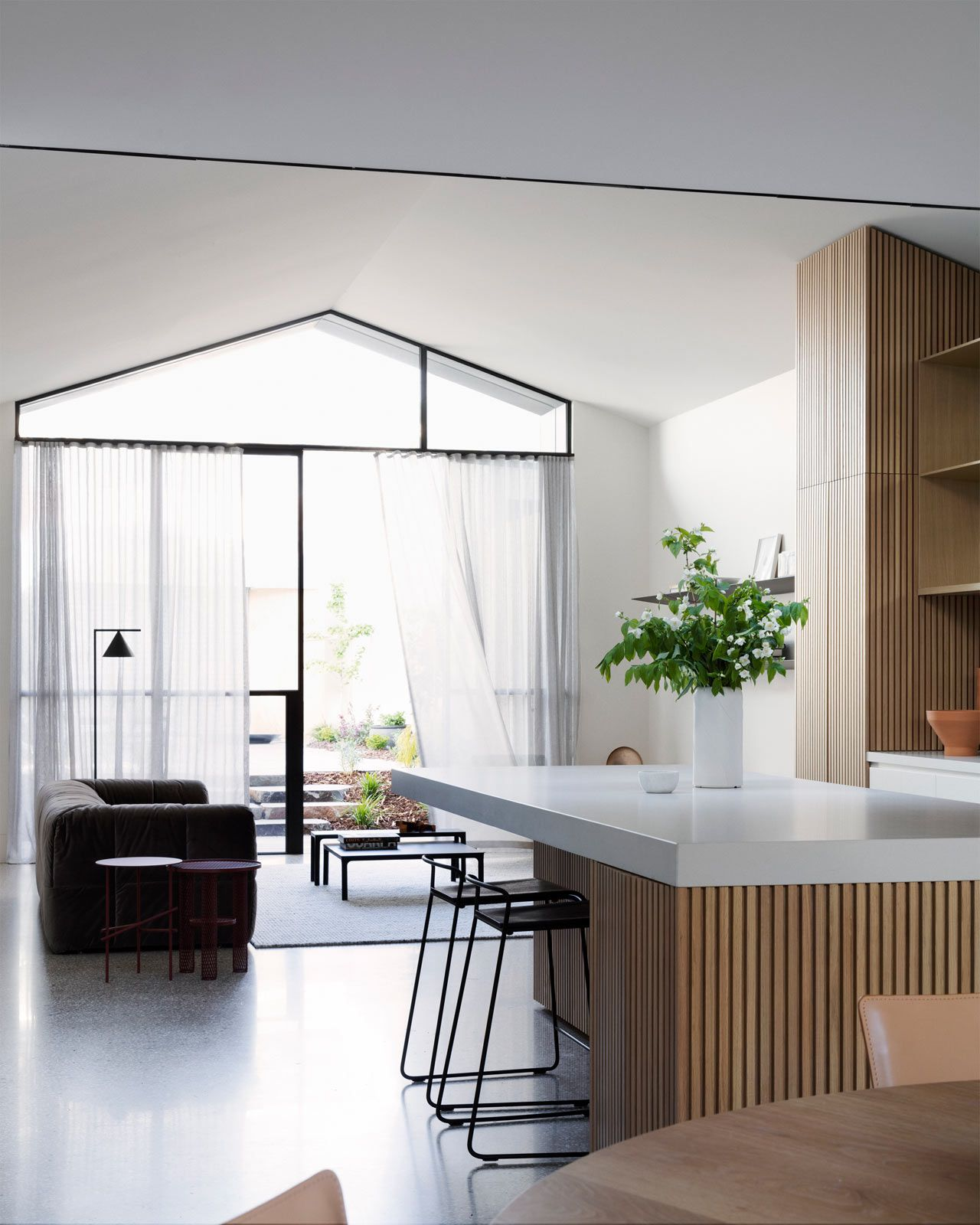 Kitchen Lighting Melbourne: A House Mullet Family Home In Melbourne By Pandolfini