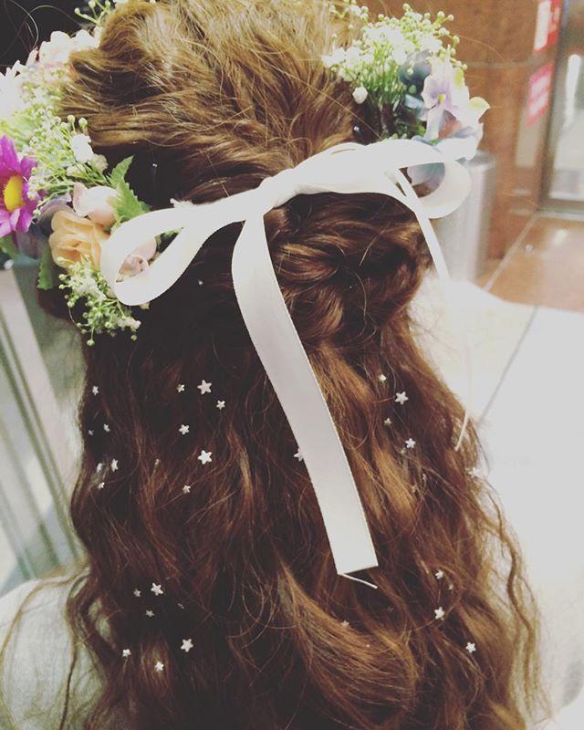 二次会の髪型 花冠 ほんとに手作りだよ チャームシース 星可愛い