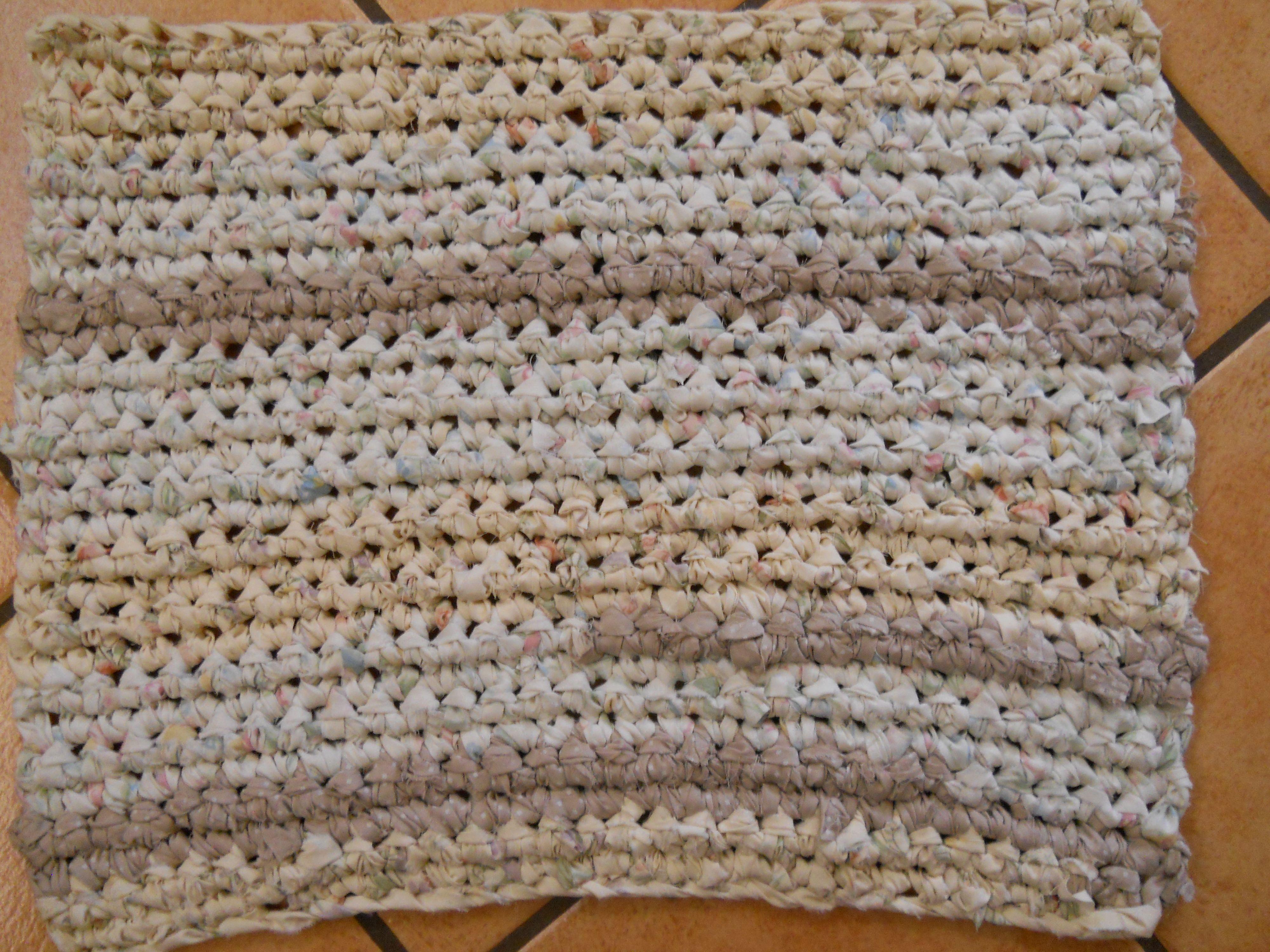 This Is A Neutral Runner Rag Rug Easiest Of All Rag Rugs To Crochet Erin Halvorsen Youtube Rag Rug Rugs Crochet Rug