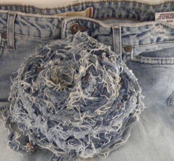 How to make blue jean yarn tutorial.  Also check out: https://www.etsy.com/listing/98163946/handmade-frayed-blue-jean-pants-recycled