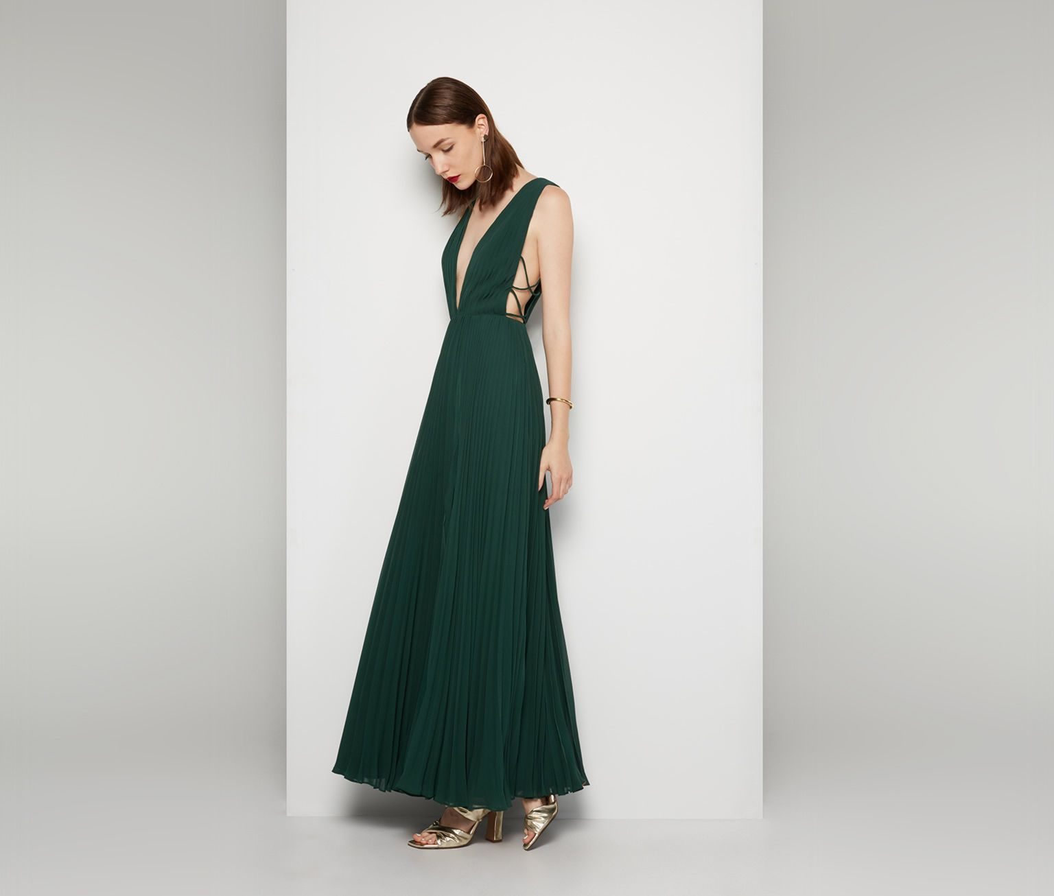 Embodiment of tenderness: a dress with a fringe