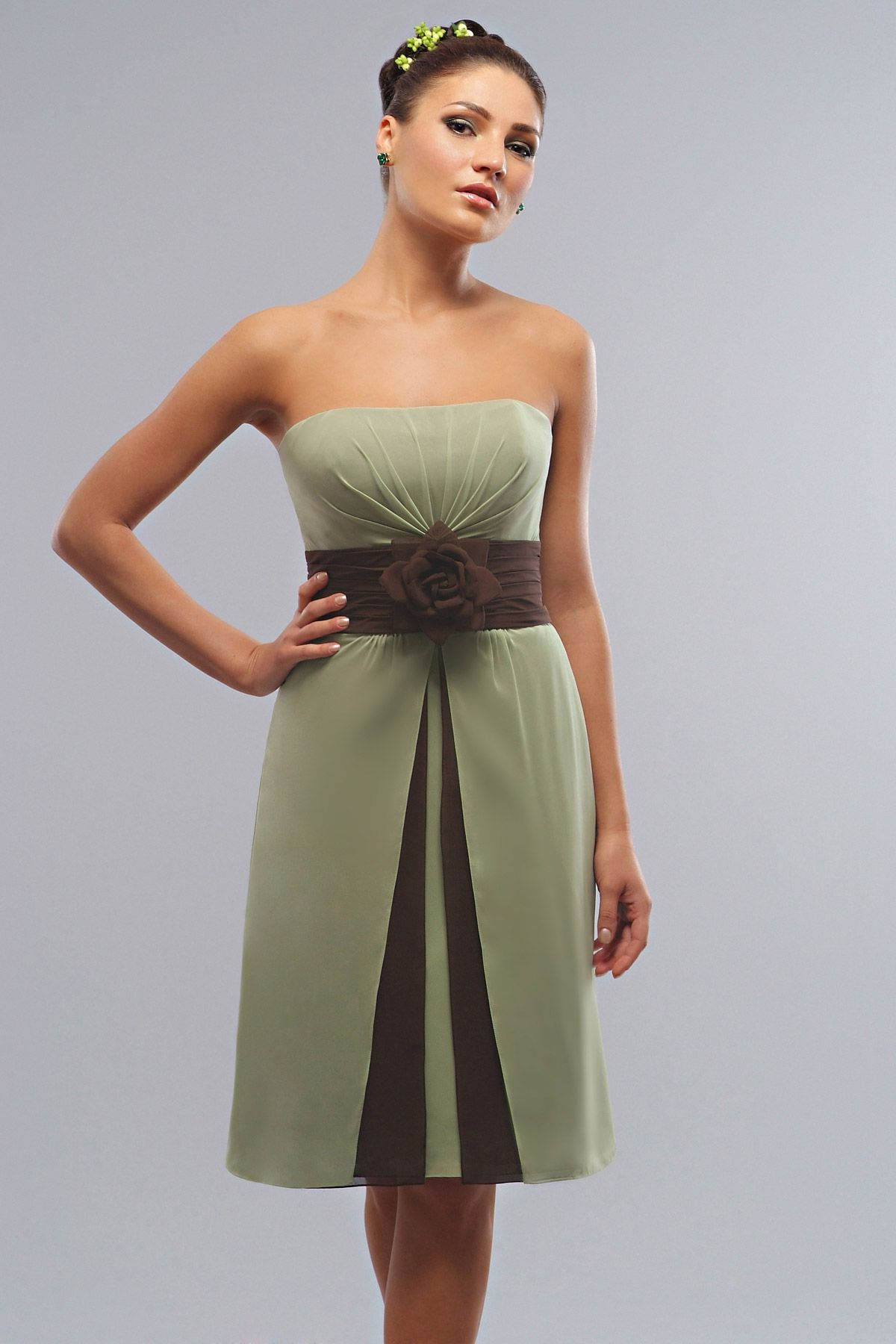 Natural wedding dresses  pretty sleeveless with natural waist dress for bridesmaid
