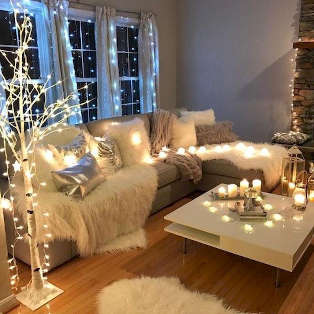 40 apartment decorating christmas lights 5 studio apartmentsingle apartmentliving room - Decorating Living Room With Christmas Lights