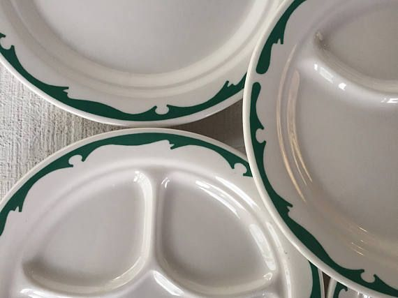 """VINTAGE BUFFALO CHINA RESTAURANT WARE DIVIDED GRILL PLATES WHITE 9 1//2/"""""""