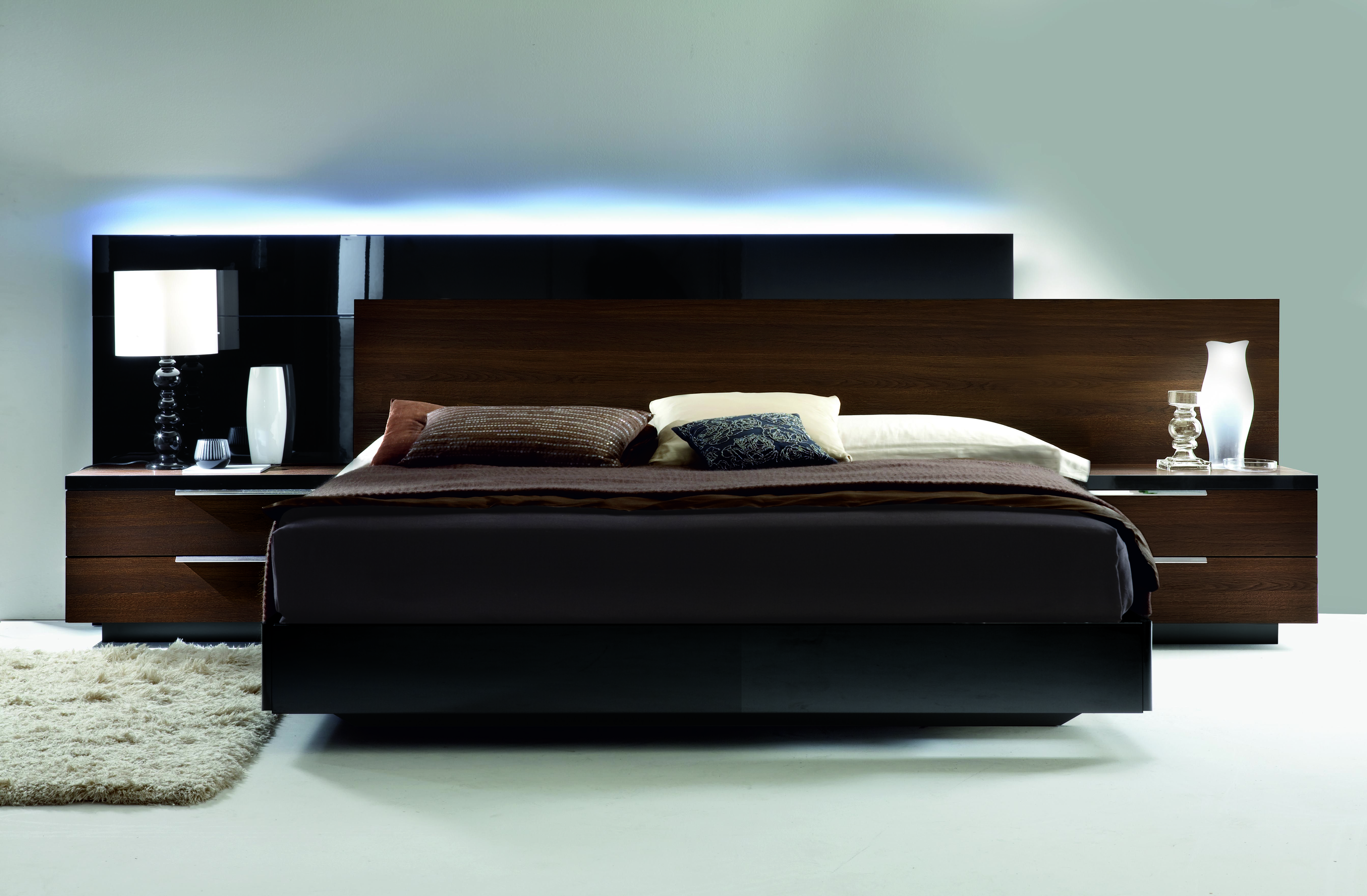 We love this modern collection. The contrast between the black