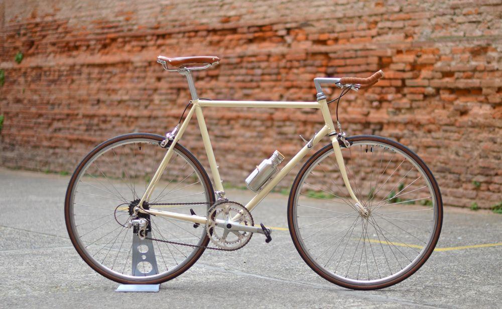 velo route vintage bike pinterest guidon. Black Bedroom Furniture Sets. Home Design Ideas