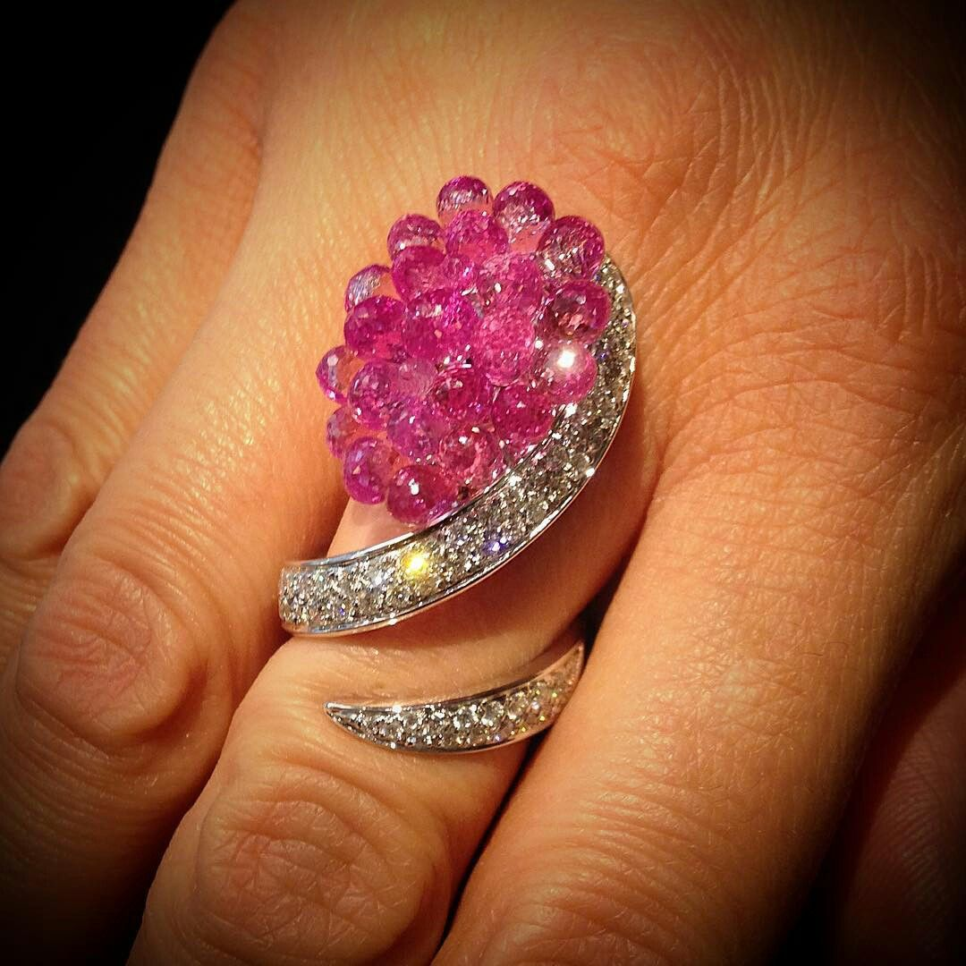 @scavia_official. New Flamant ring with pink sapphire briolette and brilliant cut diamonds.
