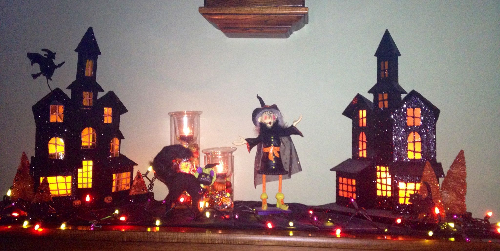 Putz Halloween decorations haunted house little village - halloween houses decorated