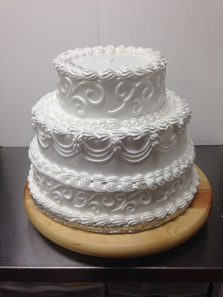 3 tier round elegent buttercream frosting sabor latino cake wedding cakes pinterest. Black Bedroom Furniture Sets. Home Design Ideas