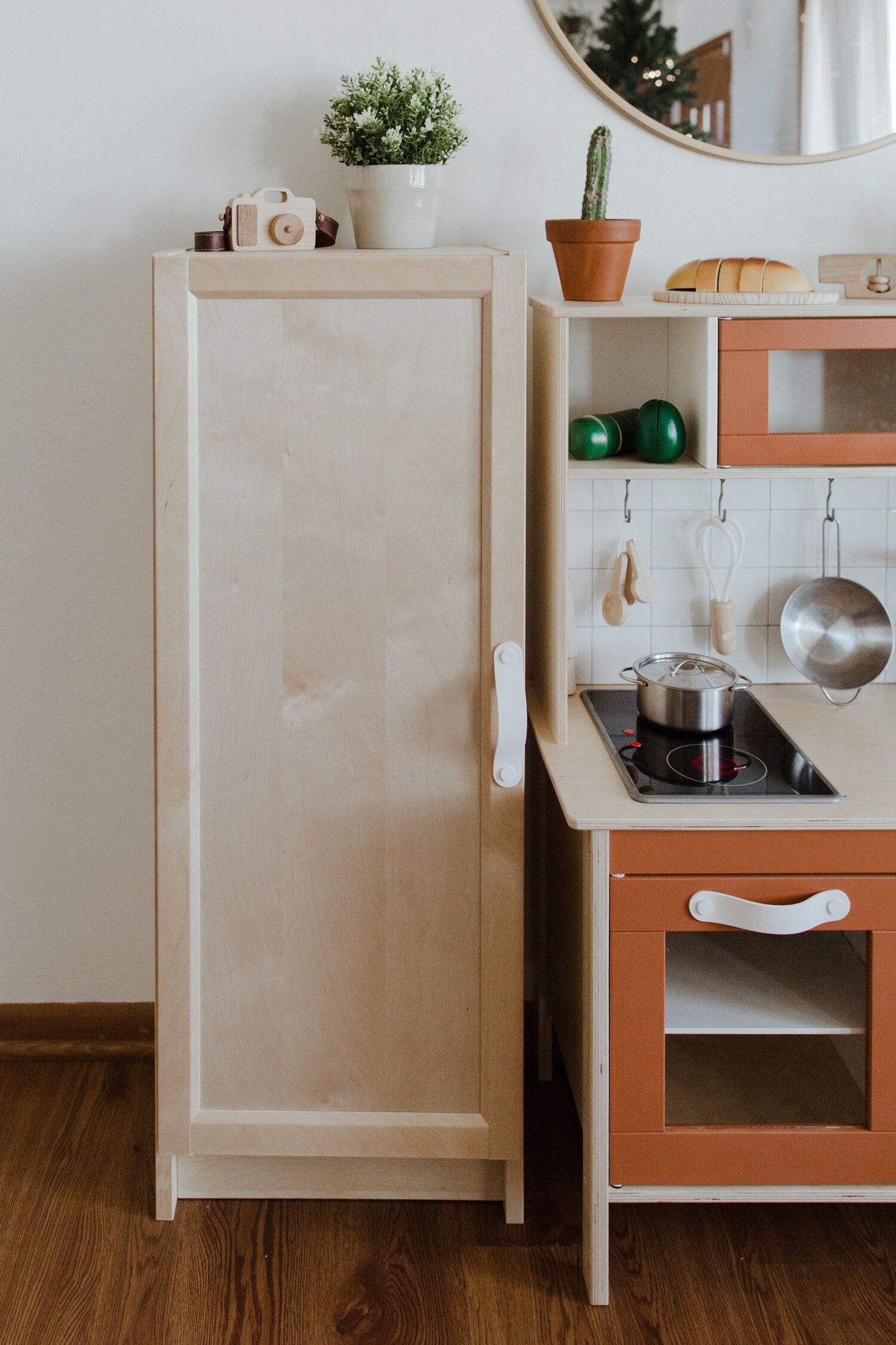 IKEA DUKTIG PLAY KITCHEN MAKEOVER + REFRIGERATOR HACK