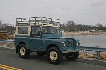 1971 Land Rover Series IIa 88   exterior: marine blue  interior: grey  IN LOVE!!…