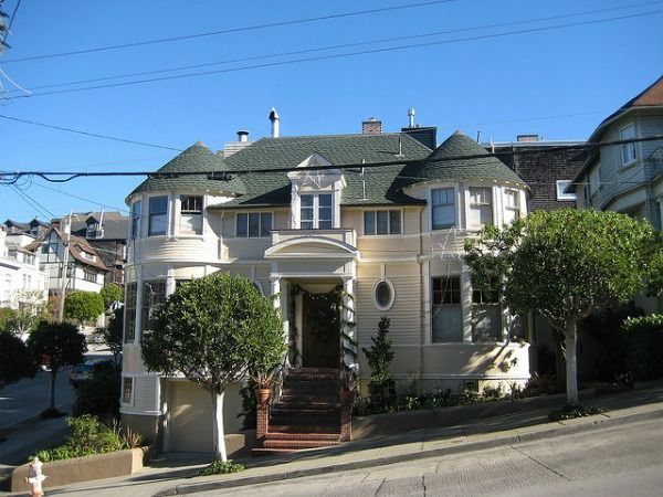 Mrs Doubfires House Portland Vacation In 2019 San Francisco