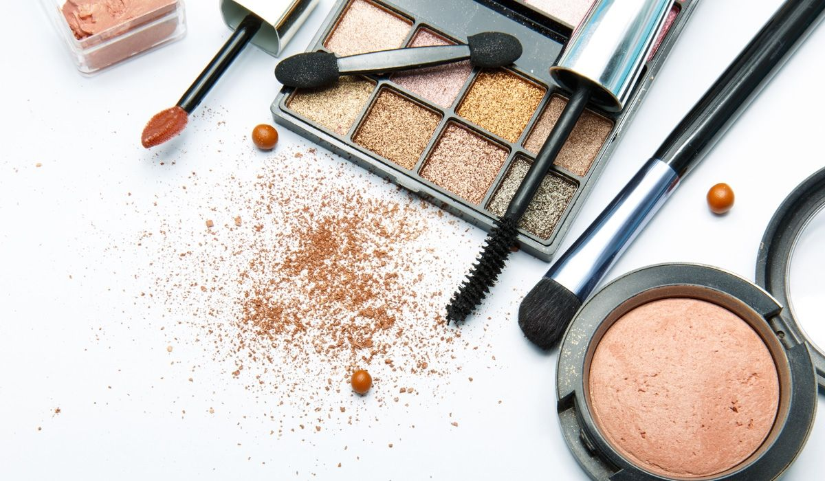 10 Of The Best Beauty Products For Teens Eye makeup