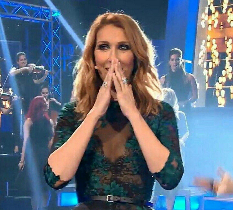 En Direct De L Univers Avec Images Celine Dion Celine Style