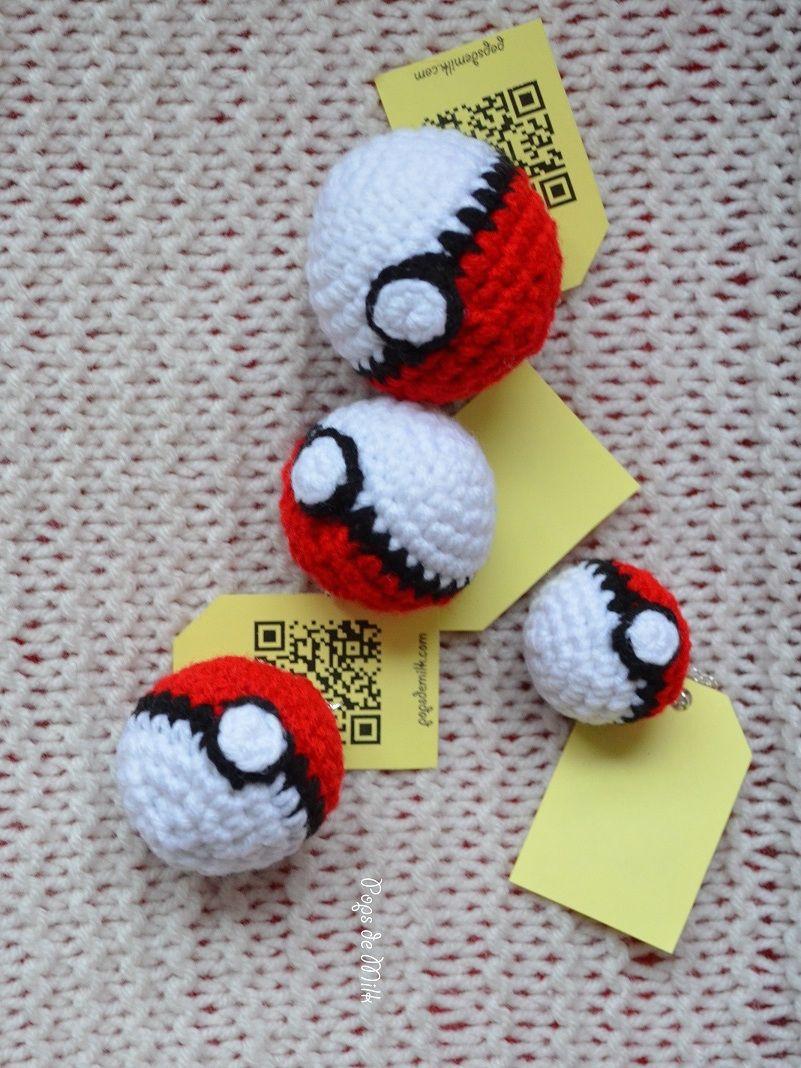 Crochet Pokémon Ball | Amigurumi | Pinterest | Cuadrados de abuelita ...