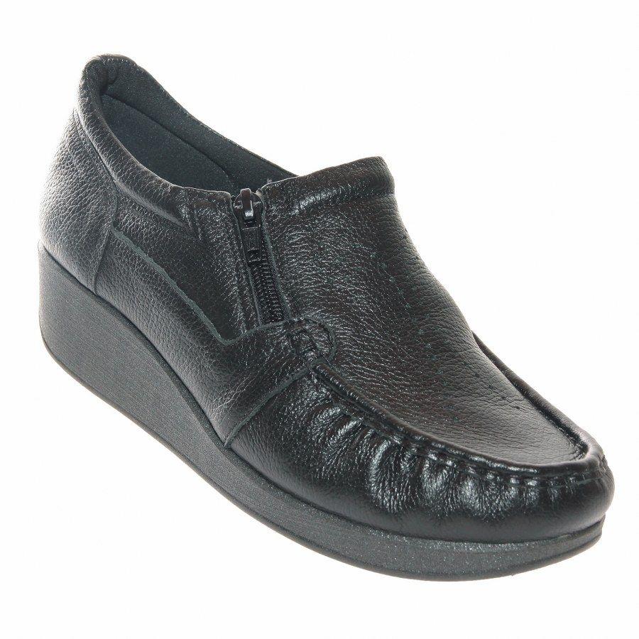 1d8af22da2 O Sapato Usaflex Relax Comfort Feminino é confeccionado em couro natural.  Este sapato é indicado