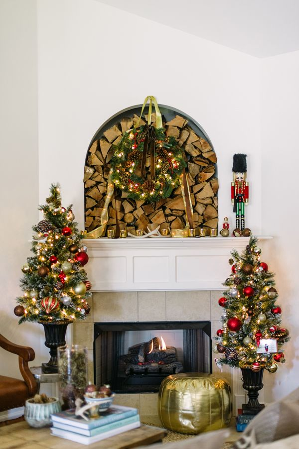 ad christmas tree ideas for an unforgettable holiday 19 - Small Christmas Tree Decorating Ideas
