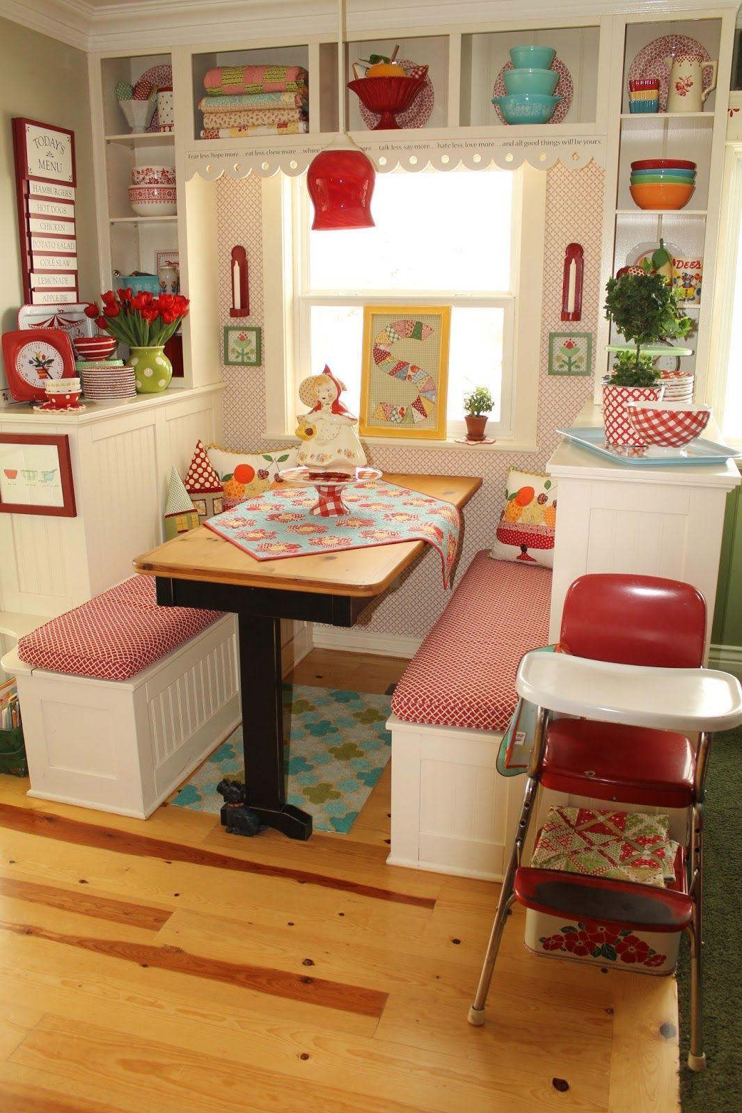 20 Lovely Retro Kitchen Design Ideas #vintagekitchen