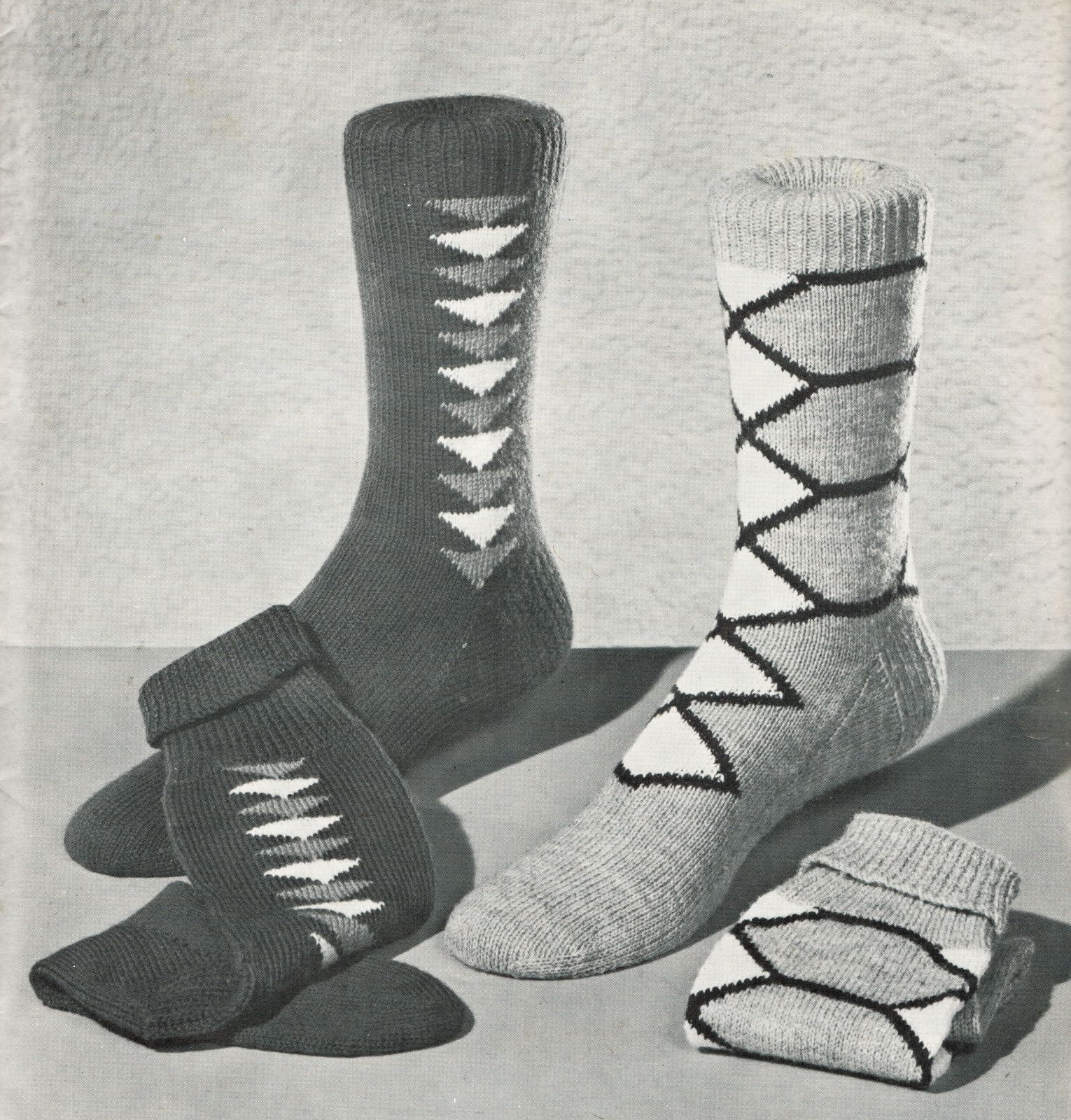 1950s mens swordfish knotty pines norman keep diamond plain knit 1950s mens swordfish knotty pines norman keep diamond plain knit socks pattern bankloansurffo Image collections