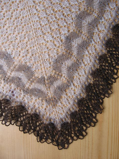Ravelry: Icelandic Modern Lace Shawl free pattern by Evelyn A. Clark - thanks!