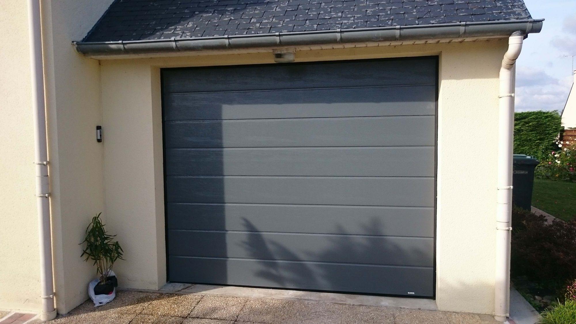 Porte De Garage En Alu RAL Réalisation Solabaie Le Maître - Porte de garage aluminium