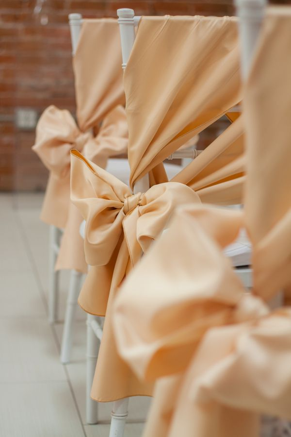 Real #Wedding Wednesday ~ A Stunning & Sexy Wedding in a Brand NewSpace