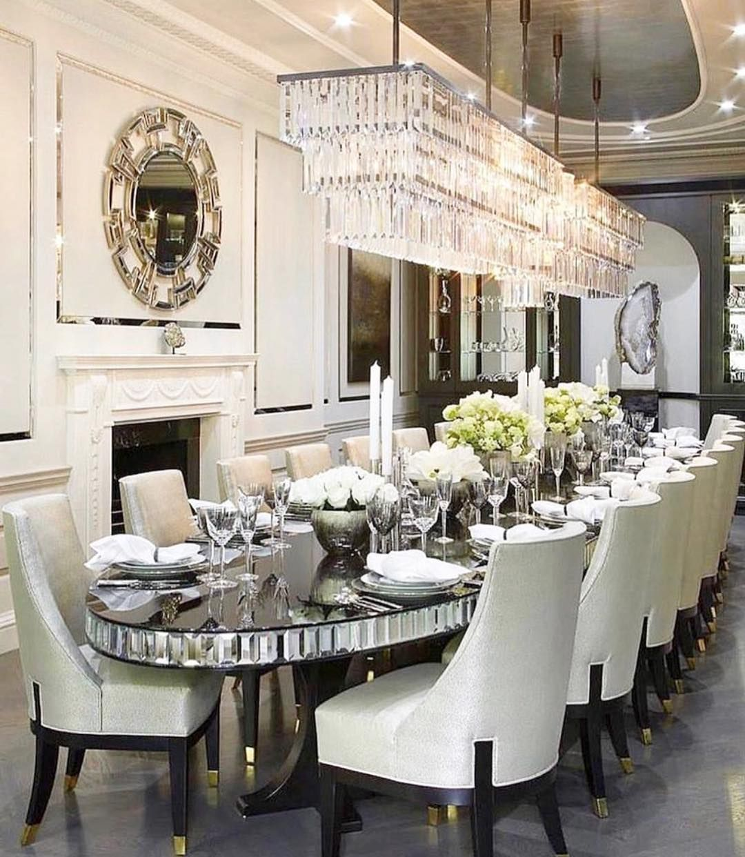 Beautifully Done Definitely A Dream Dining Room Credit Theexquisitehousedesigns Beauty Decor Lifest Elegant Dining Room Luxury Dining Room Luxury Dining